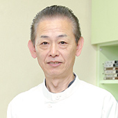 歯科技工士片岡成仁